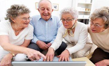 Apps para gente mayor, herramientas que les facilitan la vida.
