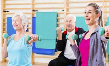 Cuatro ejercicios que reducen efectos de la edad.