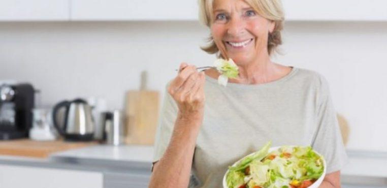 ¿Qué alimentos son favorables en la tercera edad?