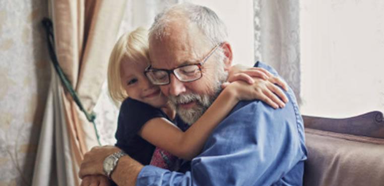 Qué hay de cierto en que la soledad sea una epidemia creciente en la tercera edad