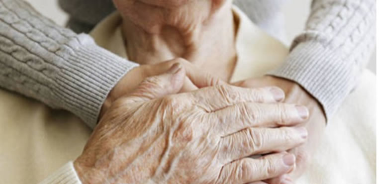 Demencia senil: Los factores que ponen en riesgo a las mujeres
